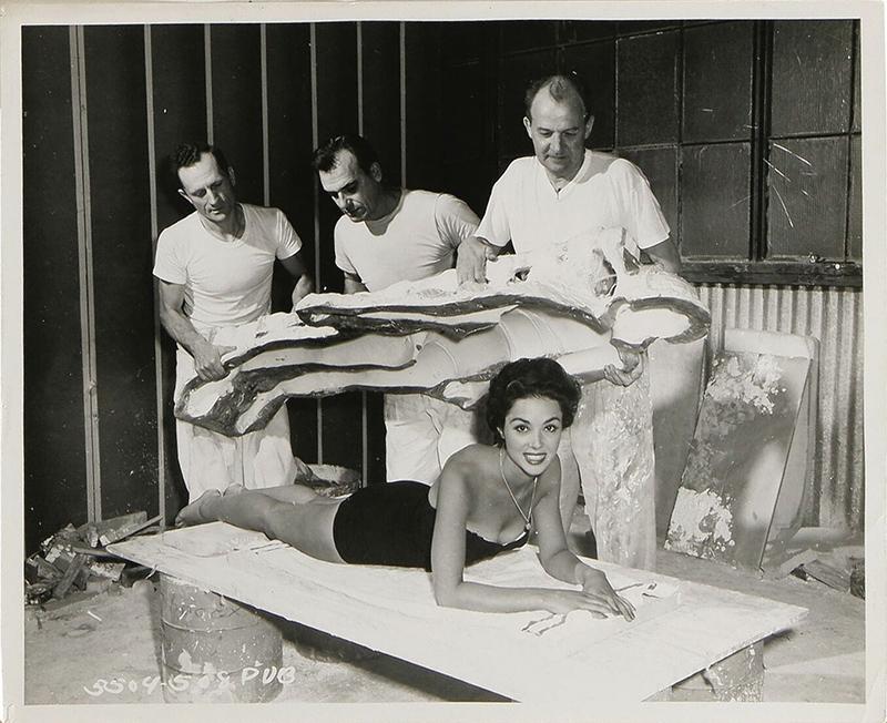 1956_La_invasion_de_los_ladrones_de_cuerpos_Dana_Wynter_